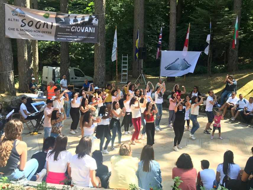 """Movimento Apostolico: Il Meeting dei giovani  """"Altri sogni che il mondo non offre"""""""