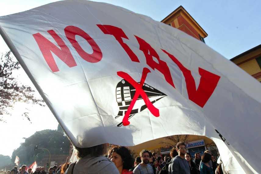 No Tav, governo sfiduciato non può dare via all'opera