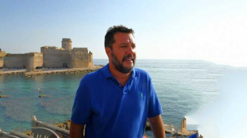 Matteo Salvini a Isola Capo Rizzuto, tamarro? io rispondo ad italiani