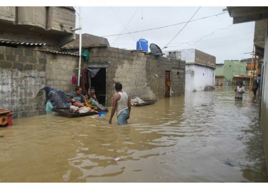 Pakistan: monsoni causano almeno 160 vittime