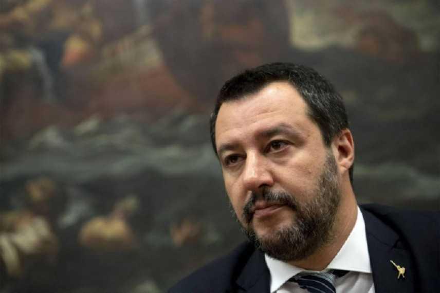 """Dichiarazioni di Matteo Salvini: Roba da matti """"Non hanno perso tempo"""""""