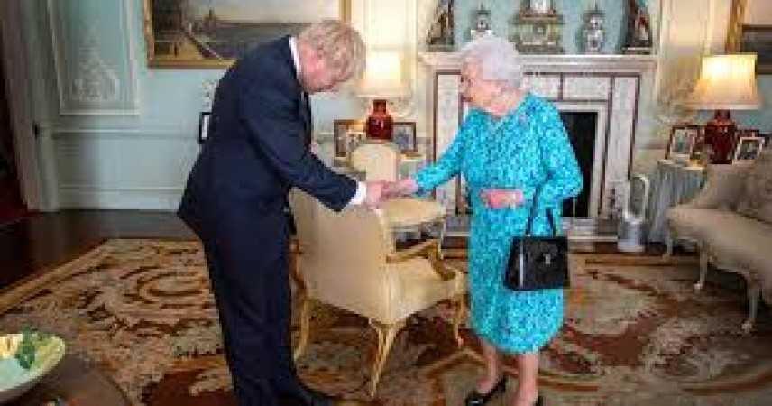 Gran Bretagna: 1,2 milioni di firme contro chiusura Parlamento
