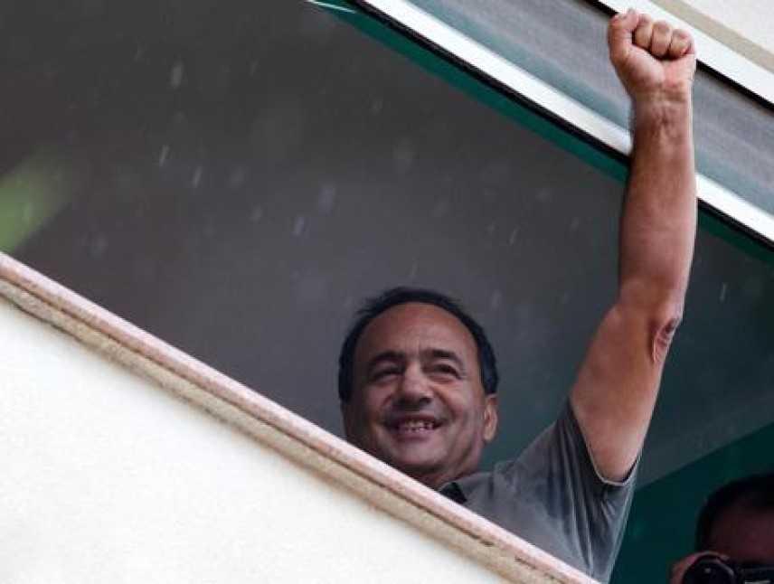 """Lucano è tornato a Riace, revocato divieto di dimora. """"Continuerò a fare del bene"""""""