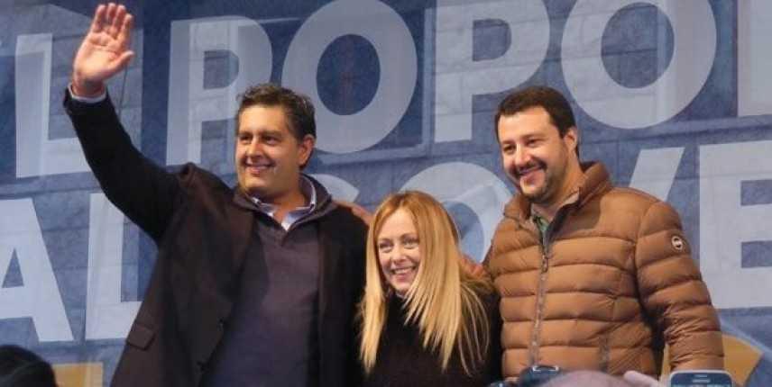 Dentro Montecitorio votata la fiducia al Conte 2, fuori la protesta di Salvini, Meloni e Toti