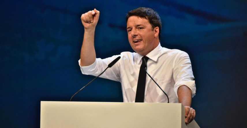 Pd: Renzi annuncia scissione