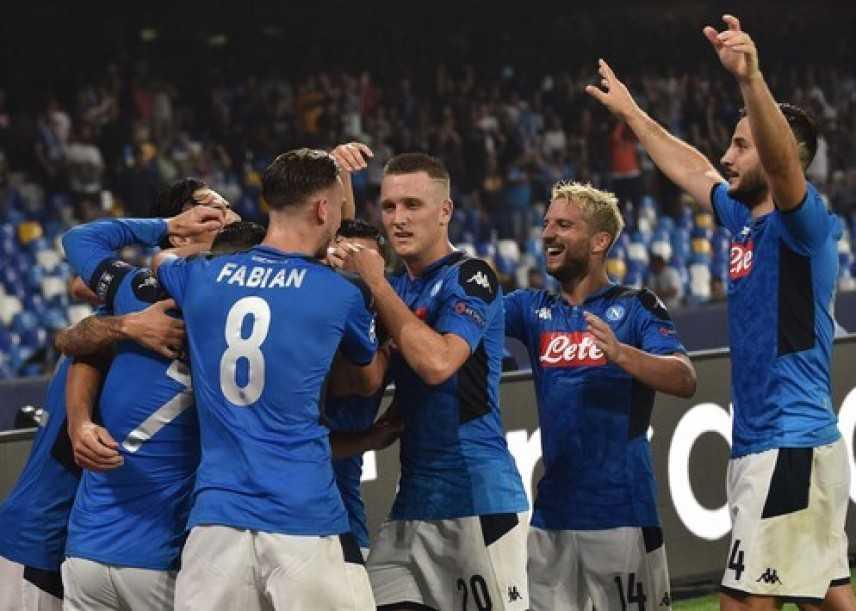 Champions: lezione del Napoli al Liverpool, Inter solo pari stasera Juve in casa dell'Atletico