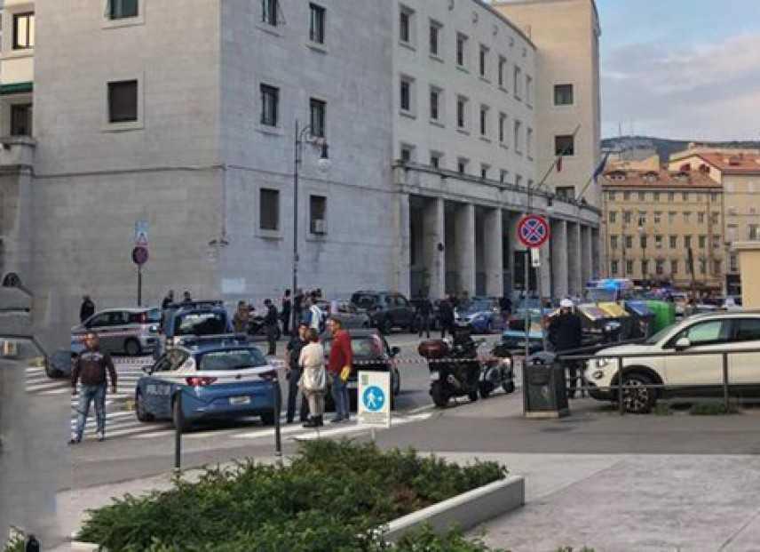 Uccisione poliziotti a Trieste le reazioni