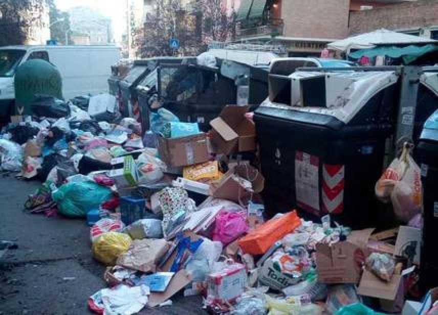 Traffico: smaltimenti illeciti, spazzatura anche da Napoli