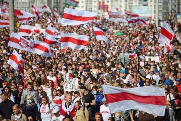 Bielorussia, almeno 20 arresti nelle proteste di Minsk